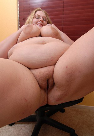 Big ass fat bw nympo fucked2 more bbwgf ml - 3 7